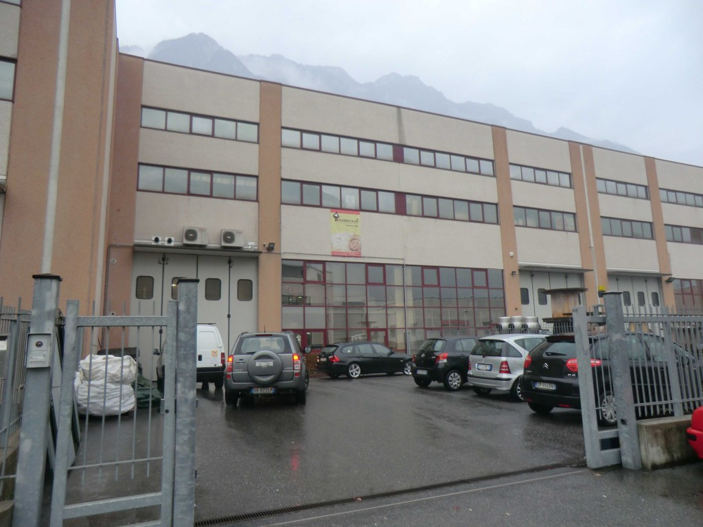 e6-edificio-darfo.jpg